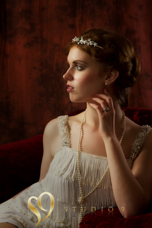 Glamour photography with a 1920's theme.
