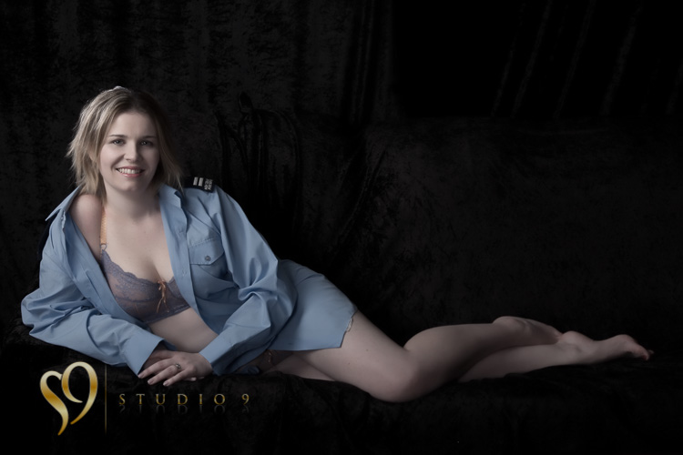 Sexy glamour and boudoir photography.