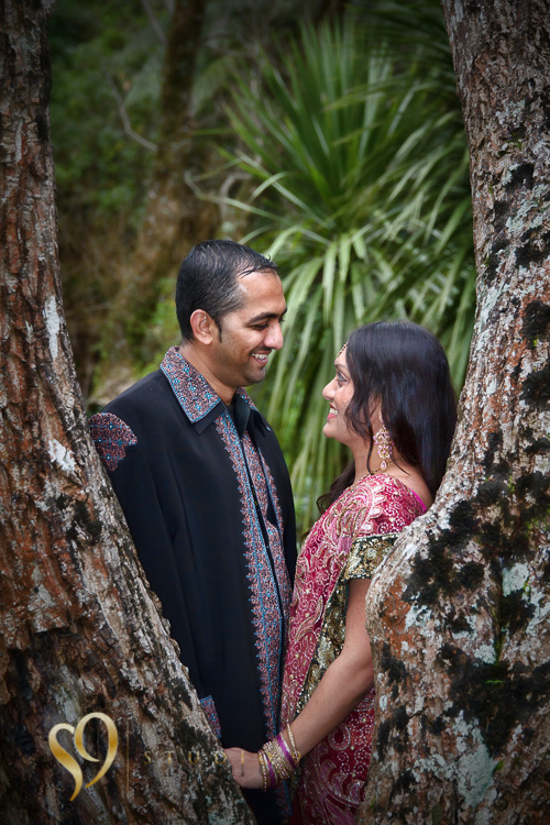Portraits of Indian couple in Tawa park.