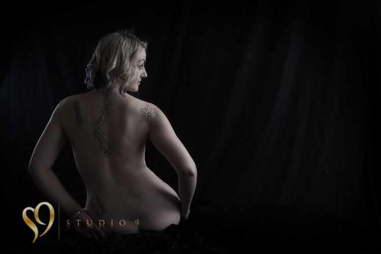 Fine art figure photography with Jamie at studio9.
